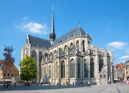 LEUVEN - SEPTEMBER 3: Peters gothic cathedral from south-east in Sepetember 3, 2013 in Leuven, Belgium.