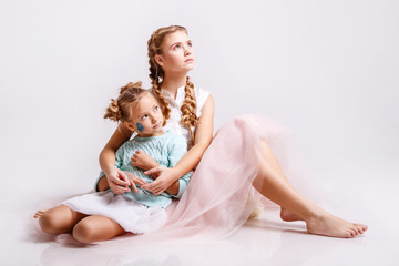 Photo Series, dear sisters in pastel colors, glitter.