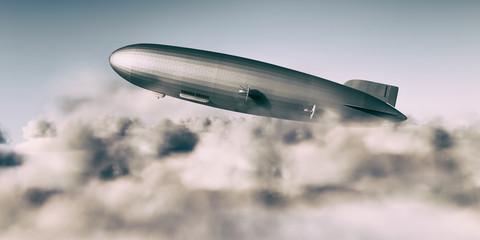 Zeppelin durchbricht Wolkendecke