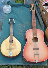 Mandola and Guitar