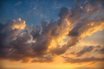 bunte Wolke