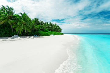 Fotobehang Eiland Beautiful nature landscape of tropical island at daytime, Maldives
