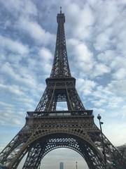 Poster de jardin Rouge, noir, blanc Eiffel Tower, symbol of Paris