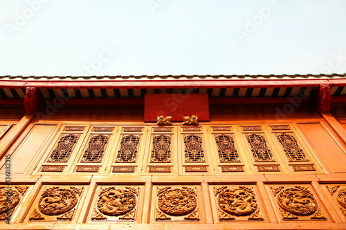 Temple Wall Panels : Quot wooden temple wall panel stockfotos und lizenzfreie