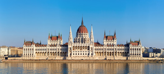 Printed kitchen splashbacks Budapest The Hungarian Parliament on river Danube in Budapest