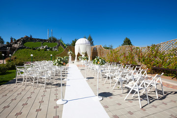 Decorations for the wedding ceremony in the garden