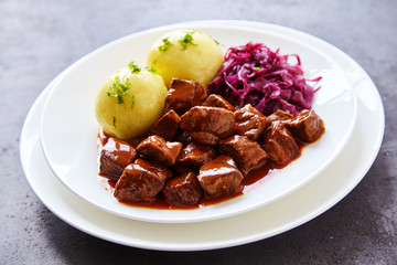 Single serving of braised purple cabbage