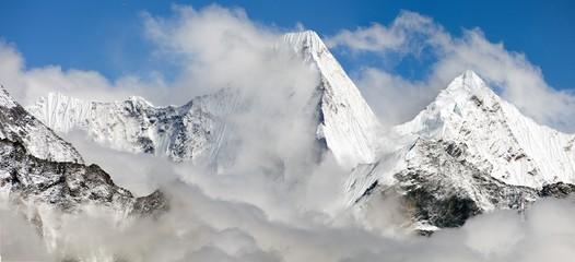 Malangphulang, way to Everest base camp, Nepal