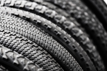 Bicycle tires of different tread patterns
