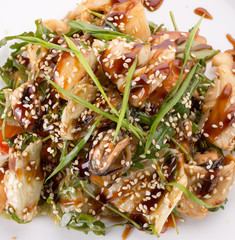 salad with chicken and soy sauce and sesame seeds