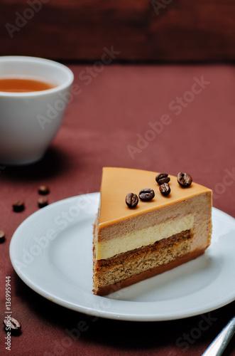 """Coffee caramel cream brulee mousse cake"""" zdjęć stockowych i ..."""