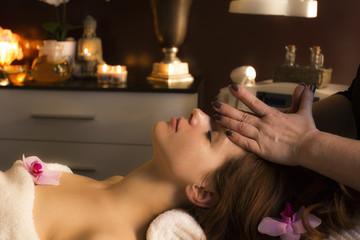 Massage Gesichts Kosmetik