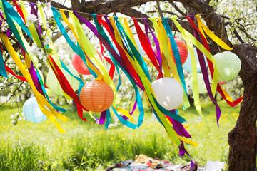 Birthday decoration holiday celebration summer happy partying freedom joy horizontal Chinese lanterns  wind breeze color tape