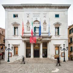 Printed roller blinds Theater Teatro La Fenice in Venedig, Italien