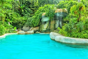 Photo sur Plexiglas Turquoise Cozy sitting area near the pond