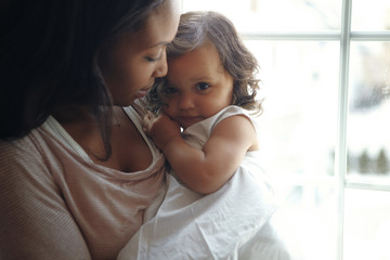 Portrait of mother and daughter (18-23 months)
