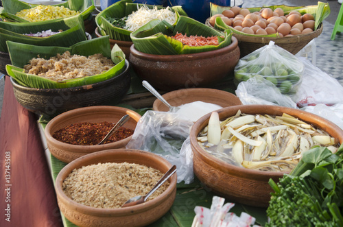 Material for cooking thai fried noodle stir fried rice for Cucinare yakisoba
