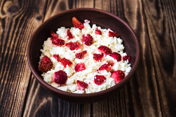 cottage cheese in bowl with strawberry