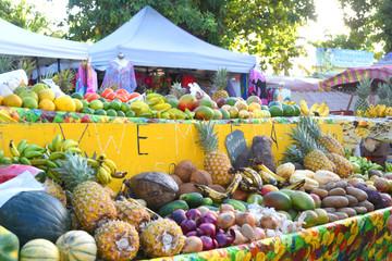 marché de fruits et légumes à sainte anne en guadeloupe Wall mural