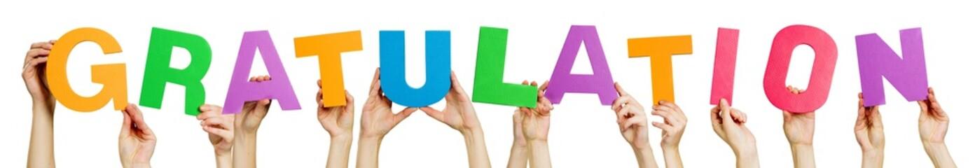 Hände halten Buchstaben - GRATULATION