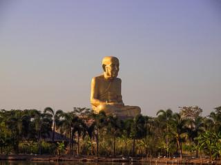 Luang Pu great-grandparents , Statue grandfather ,Ayutthaya