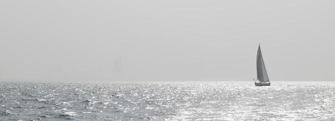 Offshore sailing in Dubai
