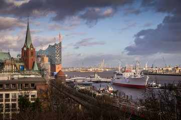 View of Hamburg Harbour with Elbe Philamonic Hall during construction