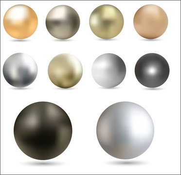Set of metal balls