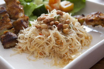 Balinese Noodles with Peanuts