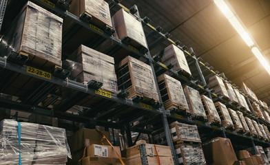 Versand und Logistiklager