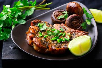 Cilantro-flavoured Pork Chops with Mushrooms