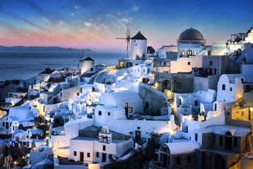 Bue hour time in Santorini