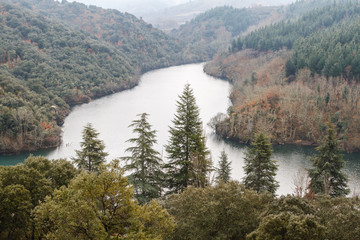 Bosques y Embalse de Montearenas. Senda de los Canteros, El Bierzo.