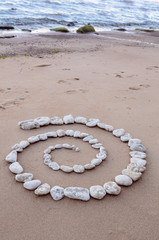 Spiral of pebbles