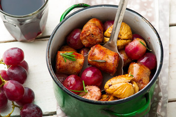 Chicken Sausage with Grapes and Figs.