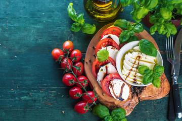 Frische Tomaten Mozzarela Gericht (Großformat)
