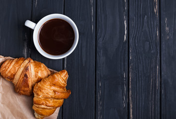 Fotobehang - Taking photo of delicious breakfst with smartphone
