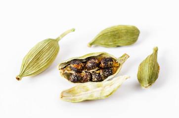Green cardamon seeds.