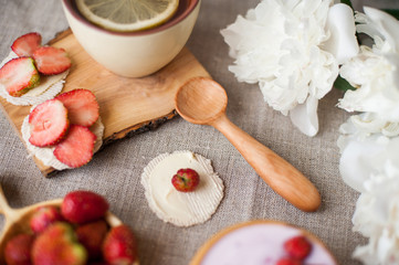 wooden spoons and strawberry