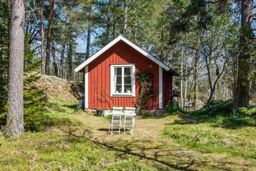 En liten stuga i skogen på Värmdö utanför Stockholm