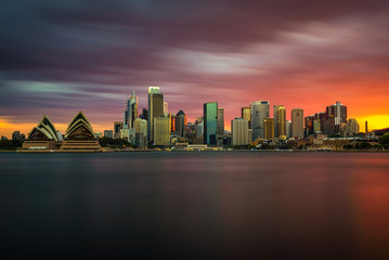 Fotomurales - Sunset skyline of Sydney downtown  with Opera House, NSW, Australia
