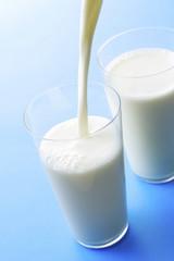 牛乳 Milk