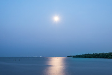 Full moon over the Gulf of thailand - thai gulf - thailand