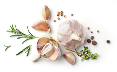 Door stickers Aromatische garlic and herbs on white background