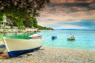 Wonderful bay with motorboats, Brela, Dalmatia region, Croatia, Europe