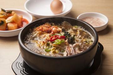 kongnamul gukbap. Bean Sprout and Rice Soup.