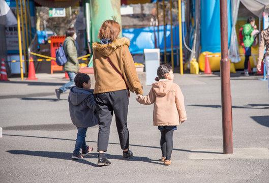 家族で遊園地