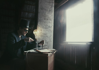 Vintage Inventor is Creating a New Energy Source in Dark Room with Light Ray