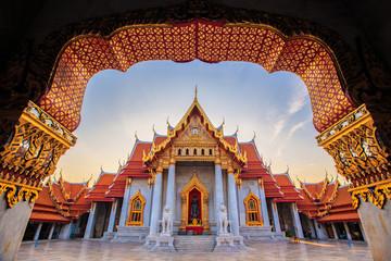 Foto auf Leinwand Kultstatte MARBLE TEMPLE - BANGKOK THAILAND