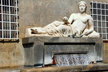 Po-Statue in Turin